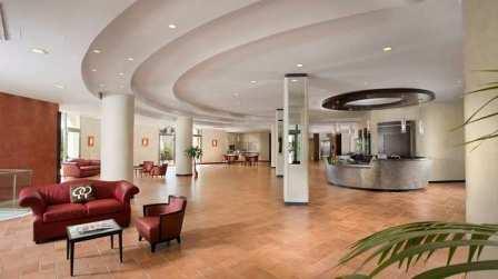 248_doubletree-by-hilton-acaya-golf-resort-_lobby.jpg
