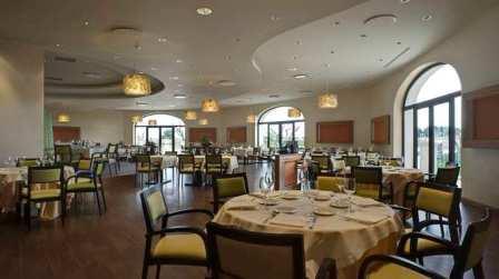 248_doubletree-by-hilton-acaya-golf-resort-_ristorante_giangiacomo2.jpg
