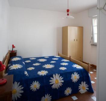 258_le-sorgenti-case-vacanza_appartamenti_le_sorgenti_camera2.jpg