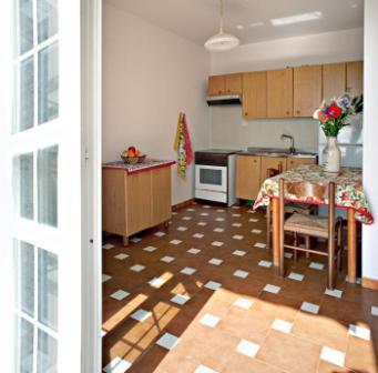 258_le-sorgenti-case-vacanza_appartamenti_le_sorgenti_soggiorno3.jpg