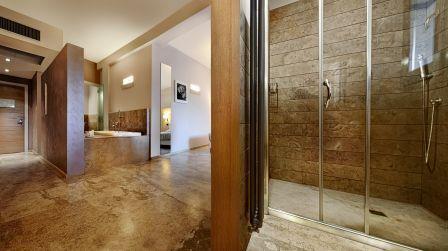 25_basiliani-resort-e-spa_basiliani_otranto_camera_comfort_junior_suite.jpg