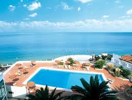 265_hotel-parco-degli-aranci_5_piscina_panoramica.jpg