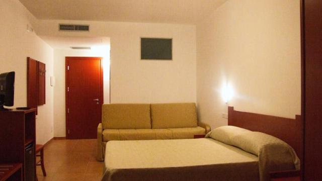 267_hotel-delle-more_hotel_delle_more_vieste_camera2.jpg