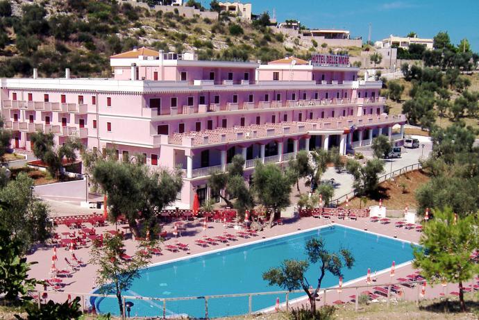 267_hotel-delle-more_hotel_delle_more_vieste_piscina4.jpg
