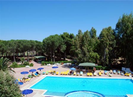 268_bagamoyo-village-resort_piscina2.jpg