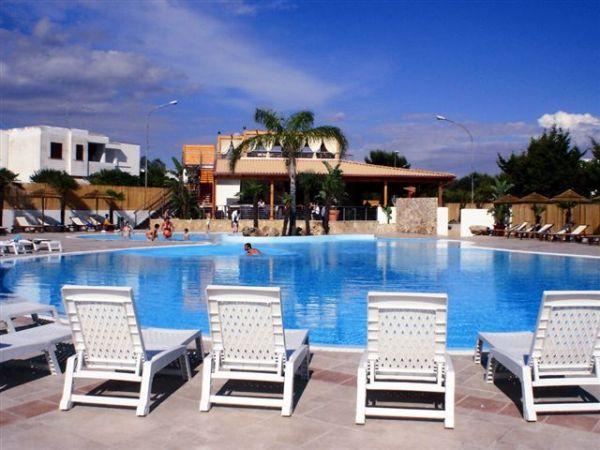26_eurovillage-club_eurovillage_piscina3.jpg