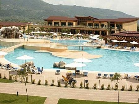 271_rocca-nettuno-garden-village_piscina.jpg
