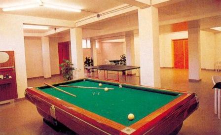 278_centro-soggiorno-il-belvedere_3_biliardo_hotel_vieste.jpg