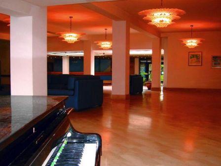 278_centro-soggiorno-il-belvedere_7_sala_ballo_hotel_vieste.jpg