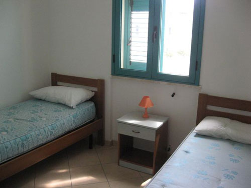 279_appartamenti-green-baia-verde_trilo_cameradoppia.jpg