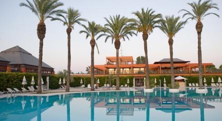 280_il-valentino-grand-village_valentino_villaggio_piscina.jpg