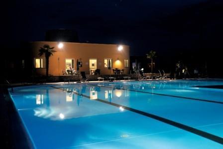 28_dolmen-sport-resort_piscina3.jpg