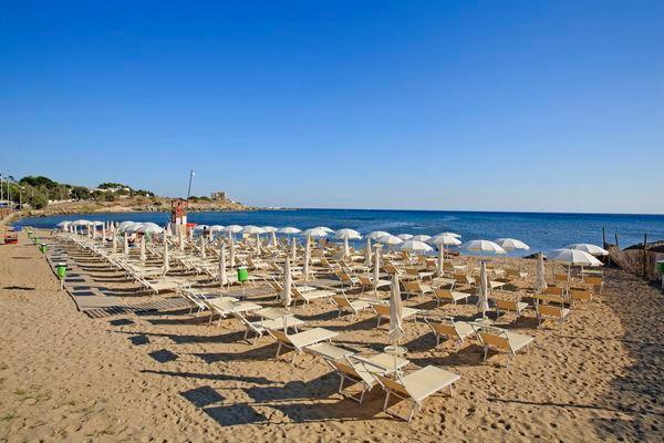 292_villaggio-club-eden-hotel_spiaggia.jpg