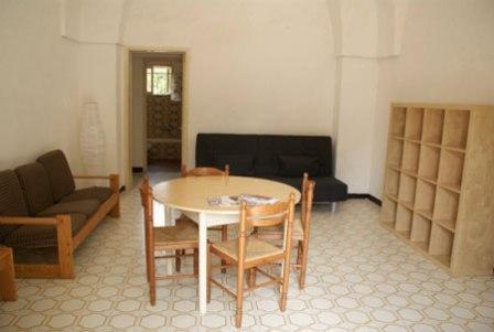294_masseria-salmenta_soggiorno2.jpg