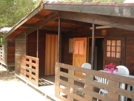 309_meditur-village--formula-chalet_villaggio_meditur_carovigno_verandina_chalet2.jpg