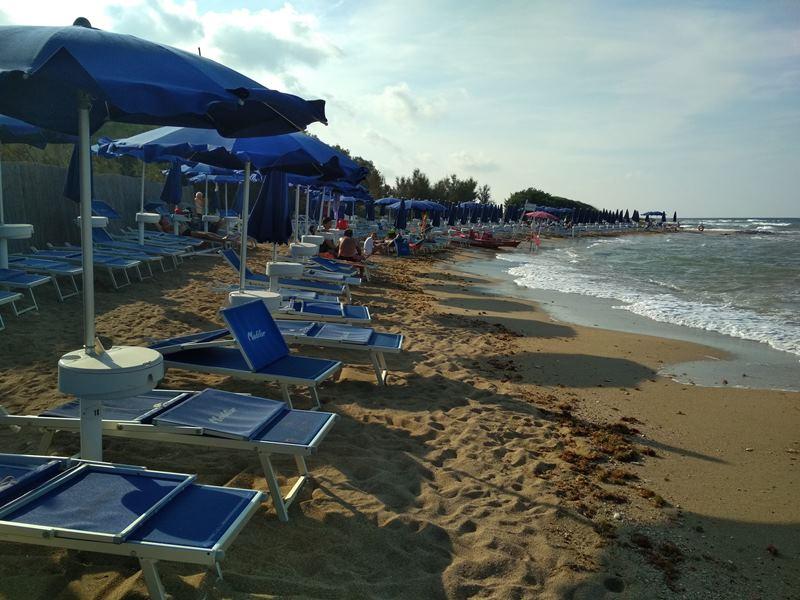 309_meditur-village-villaggio-chalet_villaggio_meditur_-_spiaggia.jpg