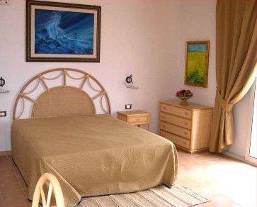 30_messapia-villaggio-hotel-resort_camera_messapia_hotel.jpg