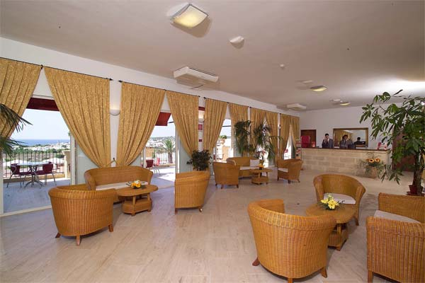 30_messapia-villaggio-hotel-resort_messapia_hotel_hall.jpg