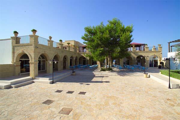 30_messapia-villaggio-hotel-resort_messapia_hotel_vista_ristorante.jpg