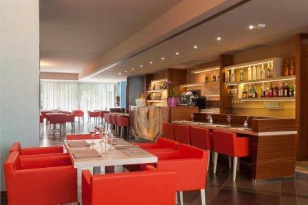 310_le-dune-suitel-hotel_ledunesuite_porto_cesareo_bar2.jpg