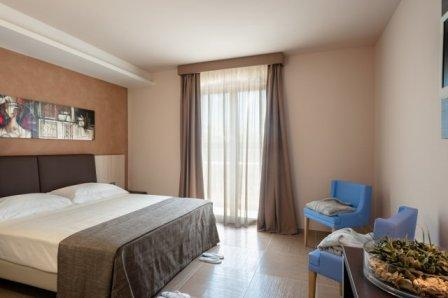 310_le-dune-suitel-hotel_ledunesuite_porto_cesareo_camera_doppia.jpg