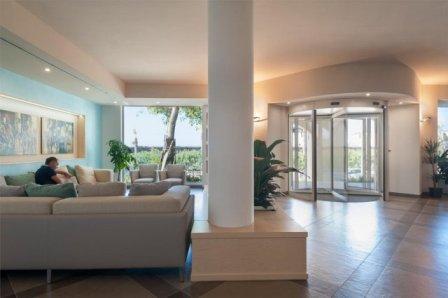 310_le-dune-suitel-hotel_ledunesuite_porto_cesareo_salotti_hall.jpg
