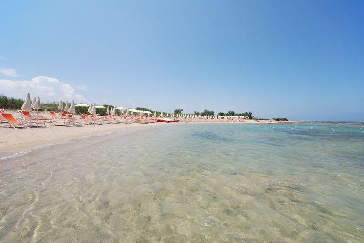 311_hotel-club-santa-sabina_santasabina_spiaggia.jpg