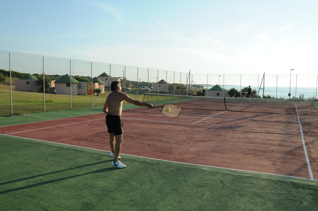 313_villaggio-cala-del-principe_cala_principe_villaggio_tennis.jpg