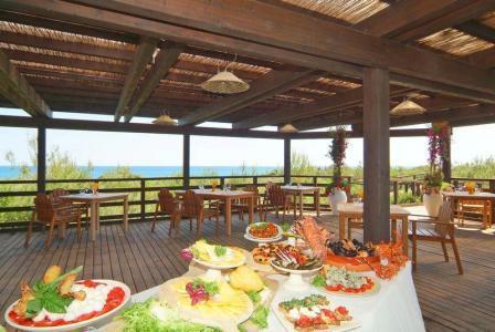 316_kalidria-thalasso-spa-resort_ristorante_in_spiaggia.jpg