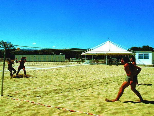 321_villaggio-santa-lucia_12_spiaggia_vieste_pizzomunno.jpg