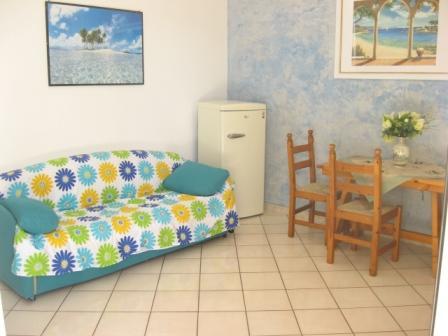 322_appartamento-garofani-_baia_verde_trilo_garofani_soggiorno2.jpg