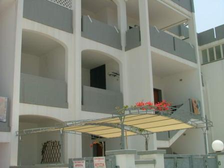 324_appartamenti-rivabella_appartamenti_rivabella_gallipoli_esterno.jpg
