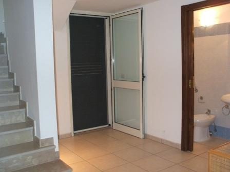 325_villetta-dandolo-02_villetta_dandolo_torre_san_giovanni_corridoio.jpg