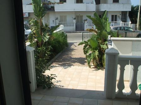 325_villetta-dandolo-02_villetta_dandolo_torre_san_giovanni_patio_esterno.jpg