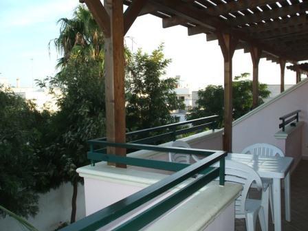 330_villetta-mare-verde-024_villetta_mare_verde_24_balcone_2_torre_san_giovanni.jpg