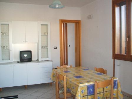 330_villetta-mare-verde-024_villetta_mare_verde_24_soggiorno_3_torre_san_giovanni.jpg