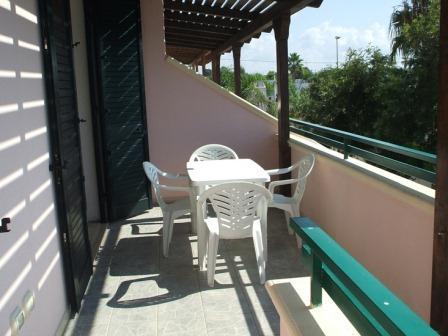 331_villetta-mare-verde-025_villetta_mare_verde_25_torre_san_giovanni_balcone_3.jpg
