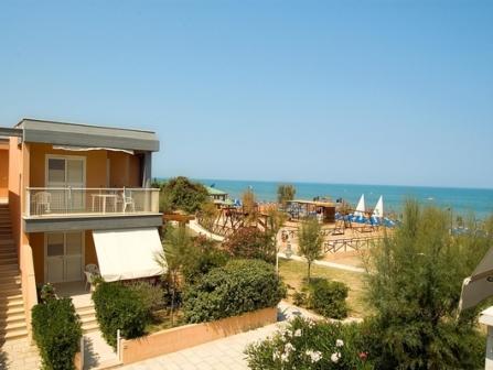 346_blue-marine-hotel-residence_1-hotel.jpg