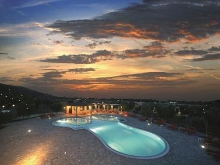 347_santa-maria-residence-club_3-piscina.jpg