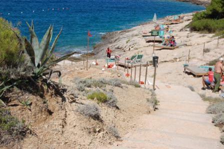 350_villaggio-touring_3_spiaggia.jpg