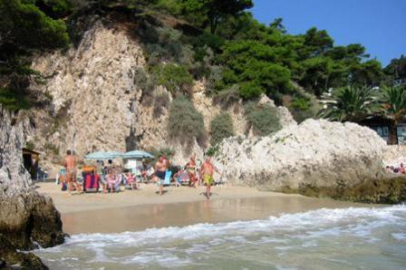 350_villaggio-touring_7_spiaggia.jpg