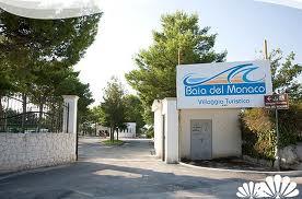 353_villaggio-baia-del-monaco_2_ingresso.jpg