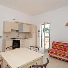 353_villaggio-baia-del-monaco_7_cucina.jpg