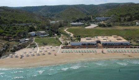 355_gusmay-resort-manacore_vista-spiaggia.jpg