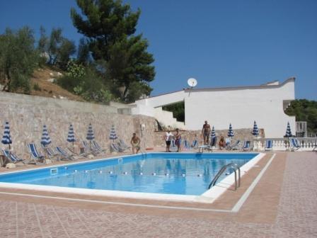 356_jolly-residence_3-piscina.jpg