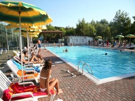 Camping village san pablo residence vieste foggia puglia - Residence puglia mare con piscina ...