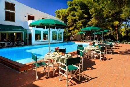 360_hotel-kyrie_110517100253.jpg