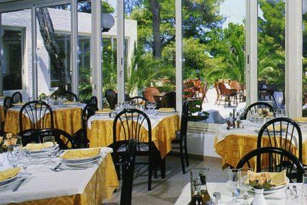 361_paglianza-paradiso-park-hotel_6-ristorante.jpg