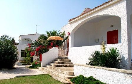 363_hotel-villaggio-plaia_esterno_appartamenti.jpg