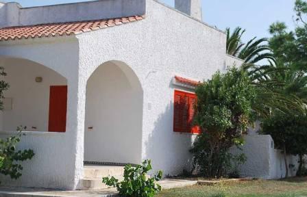 363_hotel-villaggio-plaia_esterno_mono_b_1.jpg